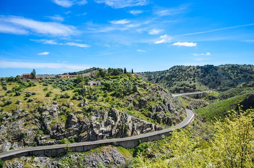 Programa de voluntariado ambiental para 15 personas en los Montes de Toledo