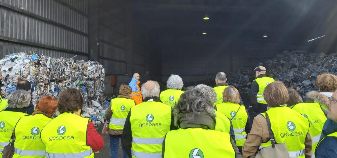GAIA continúa desarrollando el Programa de Sensibilización Ambiental de Reciclaje para Mayores visitando el Ecoparque de Mérida